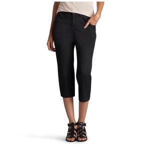 Women's Lee Breanna Relaxed Fit Capris, Size 4M